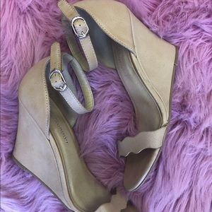 Chinese laundry nude ankle strap wedges size 7.5